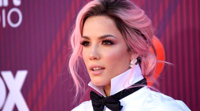 """Halsey si-a sarbatorit ziua de nastere prin lansarea videoclipului piesei """"929"""", iar acum lanseaza track-ul """"i'm not mad"""""""