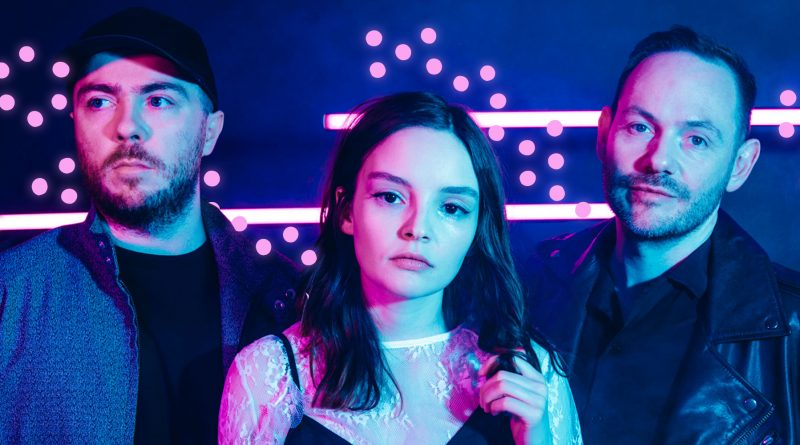 "CHVRCHES lanseaza single-ul ""He Said / She Said"""